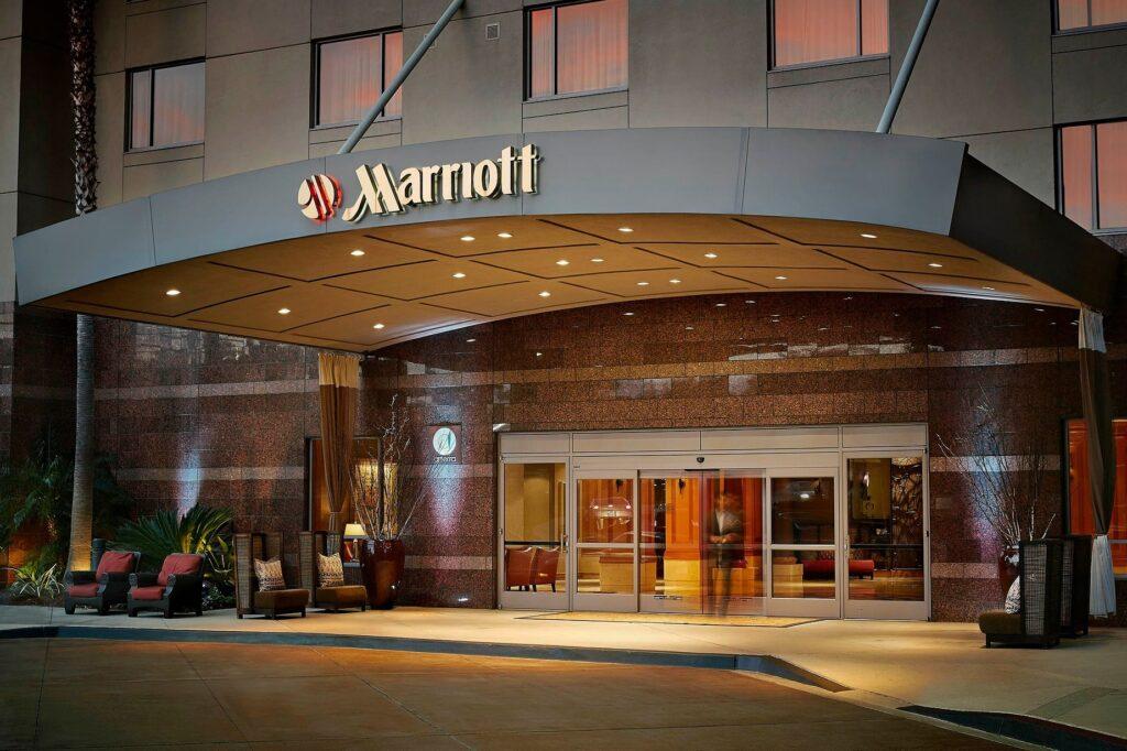 Инвестиции в рынок гостиничного бизнеса топ-6 акций